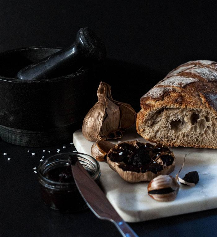 Ail noir - Black Garlic - L'étuverie - Cuisine - Gourmet - Gastronomie